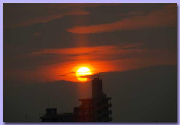 車中より夕日