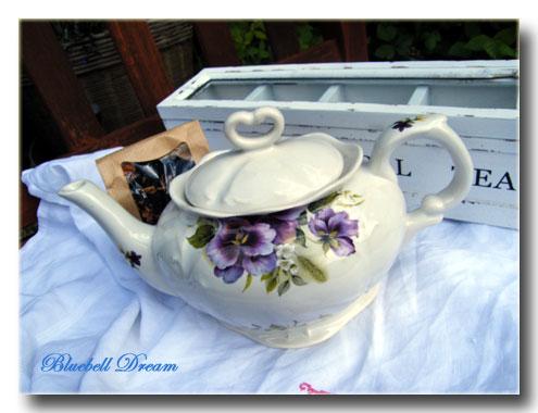 violet-teapot