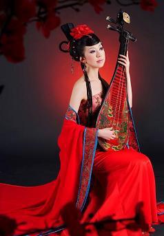唐の赤い民族衣装