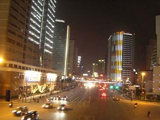 さまよえる上海の夜