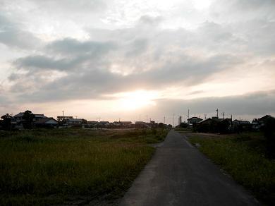 夕方の散歩道