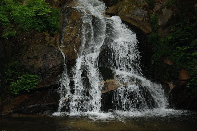 鳥取県伯耆町~間賀の滝