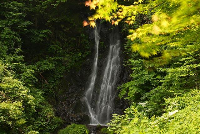 日野郡日南町~権現滝 (雌滝)