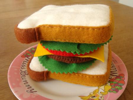 サンドイッチ・パティトマト