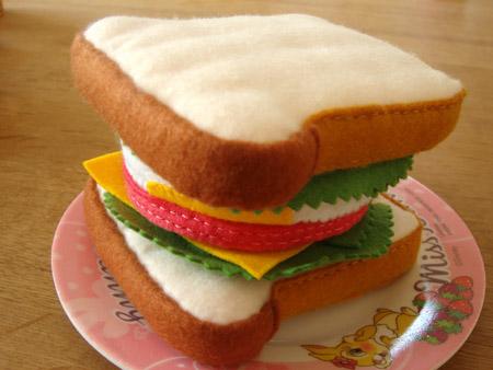 サンドイッチ・ハムたまご