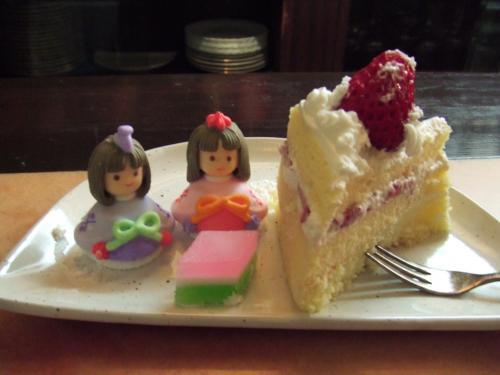 雛ケーキ2