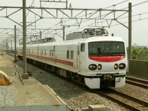 keiyo-eastie101_c.jpg