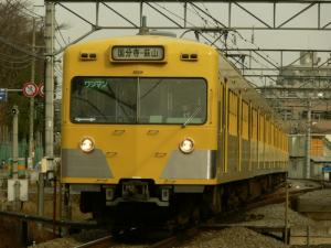 seibu221_c.jpg