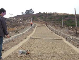 刈田嶺神社へ