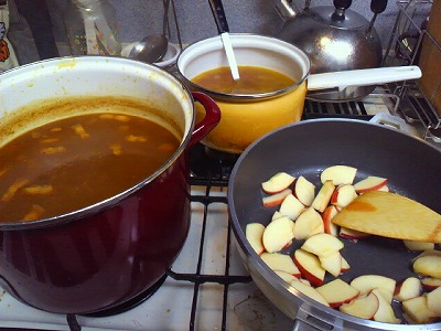 カレーとスープとアップルパイ