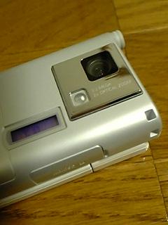 V604SHのカメラ部