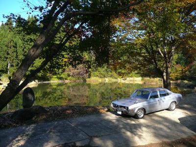 ルーチェと紅葉の弁天池