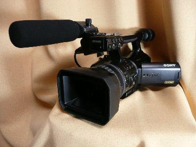 デジタルHDビデオカメラレコーダであるV1J