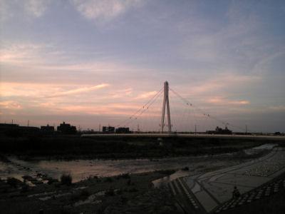 910SHでとったふれあい橋