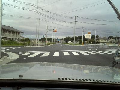 朝の国道20号バイパス