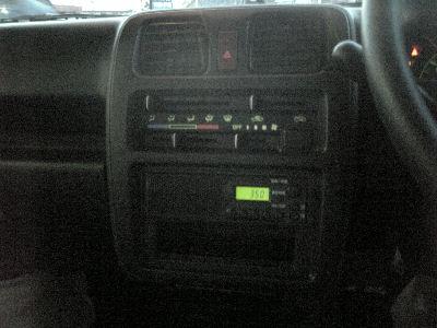 マツダスクラムのAM/FMラジオ