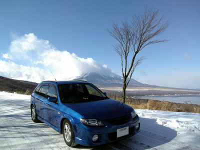 冬の富士山・山中湖とファミリアSワゴン