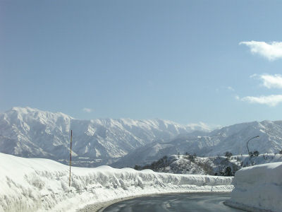 雪の越後山脈その一