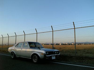マツダルーチェと横田基地