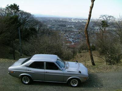 丘陵からの展望とルーチェ