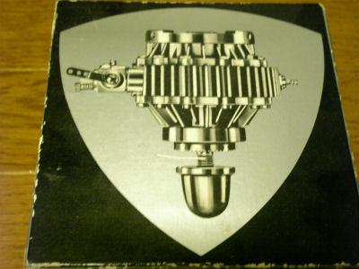ラジコン用バンケル型ロータリーピストンエンジンの箱
