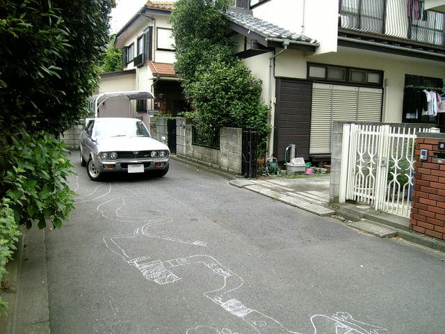 マツダルーチェと路地