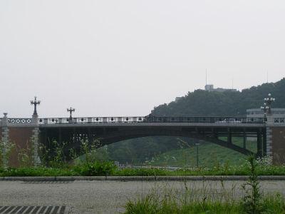 移築された長池見附橋