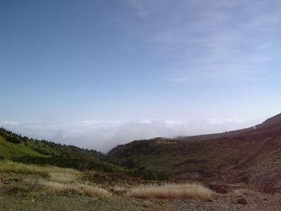 白根山の北側と雲海