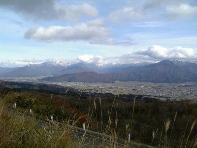 2006雪化粧した越後山脈