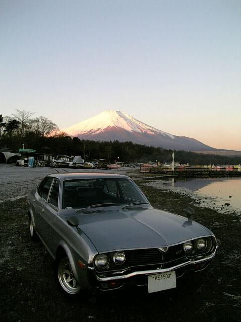 マツダルーチェと冬の富士山