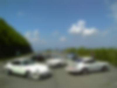 並ぶスポーツカー達