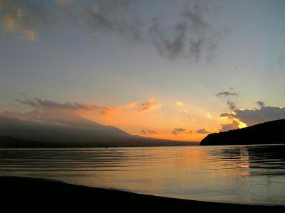 山中湖の夕景
