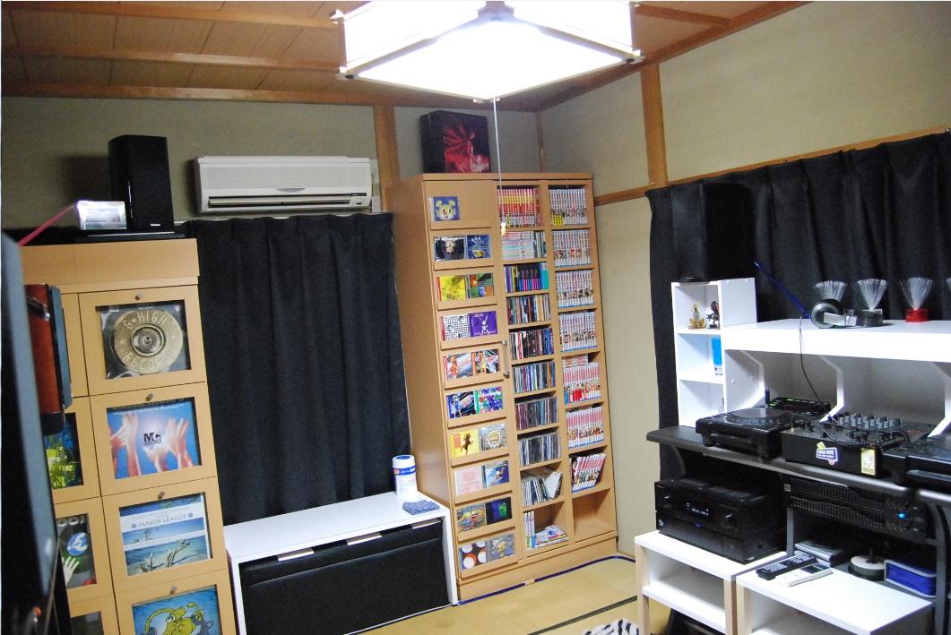 部屋の写真:入り口側より