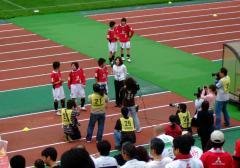 朝井さんのインタビューはまだまだ続く。今日の得点者、若林・高橋・安藤の3選手。