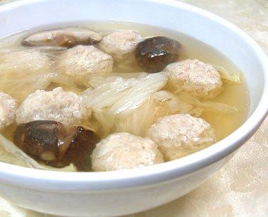 白菜鶏丸湯