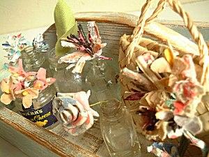 アンティークキルトの布花。