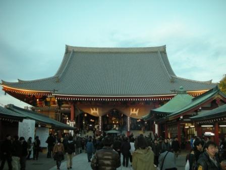 改装後の浅草寺