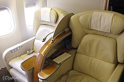 JAL国内線ファーストクラス座席