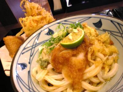 おろし醤油うどん(並、冷)@讃岐 釜揚げうどん 丸亀製麺