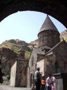 080919アルメニア・ゲバルト2