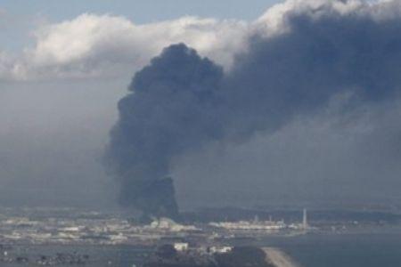 press TVの福島原発爆発の写真