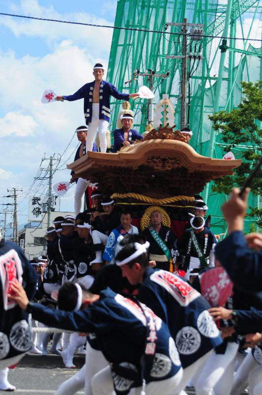 岸和田だんじり祭 北町交差点 筋海町だんじり