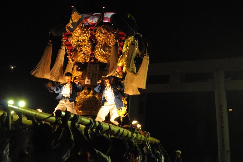 西条祭り 嘉母神社祭礼 中組子ども太鼓台