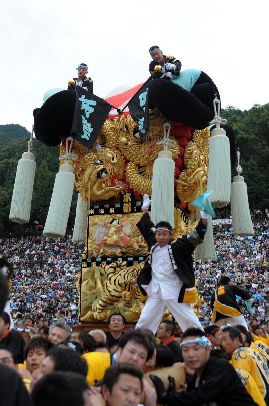 新居浜太鼓祭り 山根グラウンド 上部中萩地区 本郷太鼓台