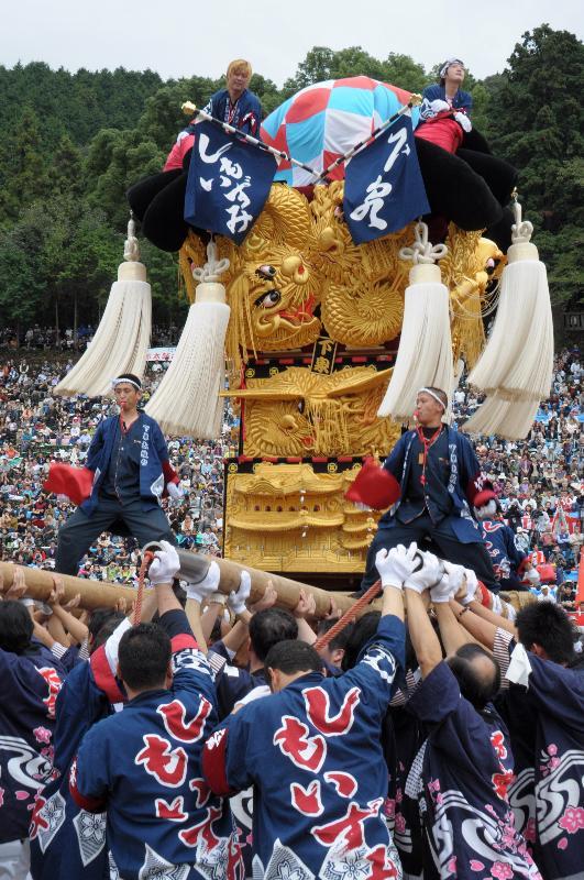 新居浜太鼓祭り 上部地区統一寄せ 下泉太鼓台