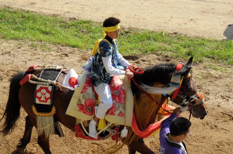 今治市菊間町 菊間祭 2011年 お供馬の乗子