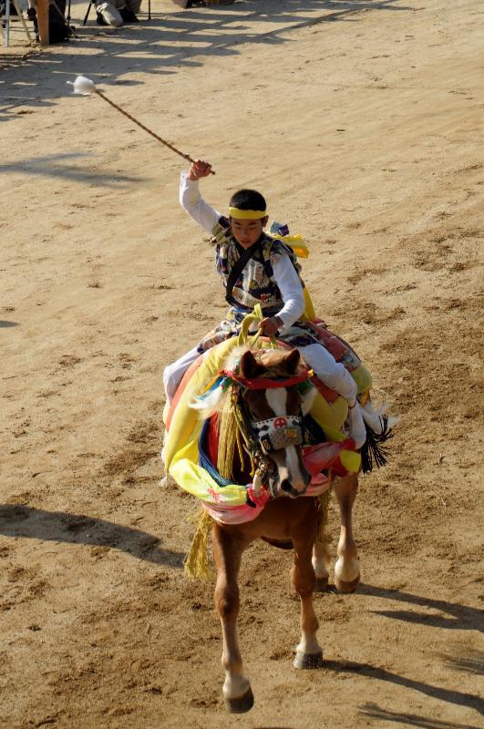 今治市菊間町 菊間祭 2011年 お供馬の乗りこ