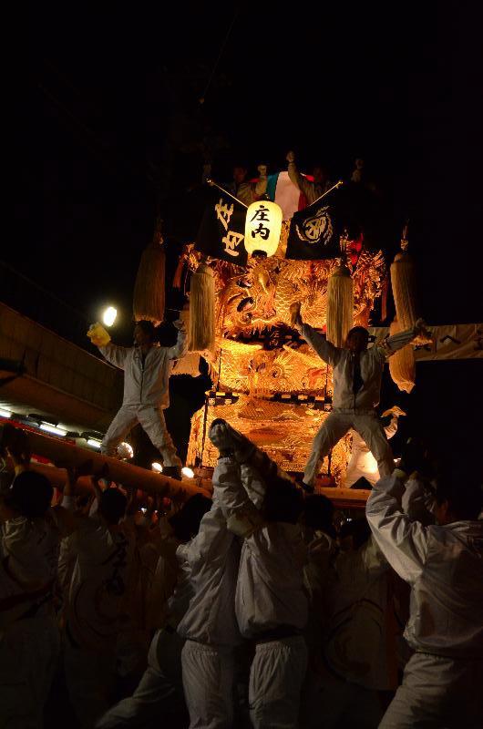 新居浜太鼓祭り 川西地区 昭和通り夜太鼓