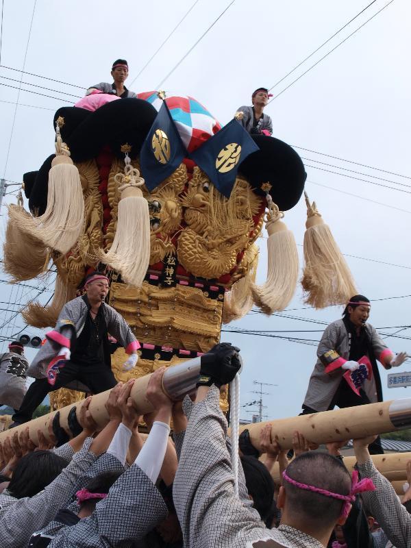 新居浜太鼓祭り 松神子地区 多喜浜駅前 松神子太鼓台
