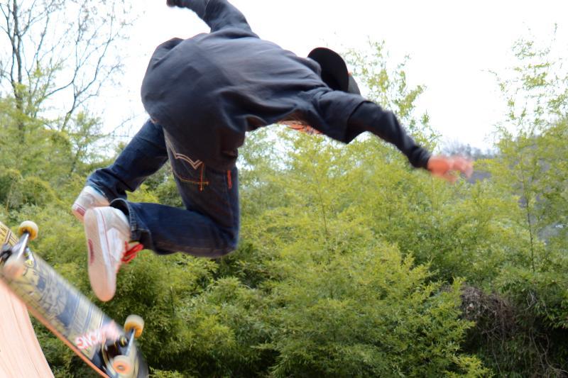 西条市小松町 ハイウェイオアシス スケートボードコンテスト